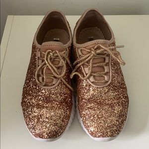 Rose gold glitter sneakers. Women's size 7.5.